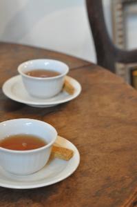 DSC_1029紅茶とクッキー。旨し。.jpg